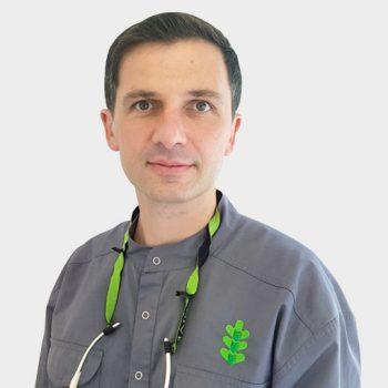 lek.stom. Piotr Sztencel